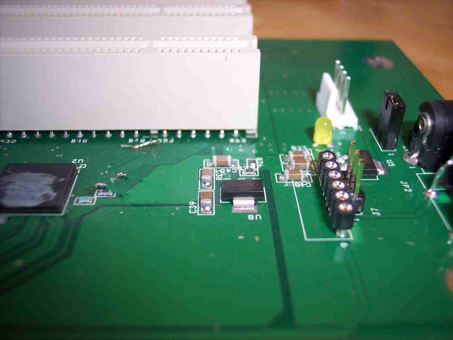 connecting cables to xprs-pci-x3 - right